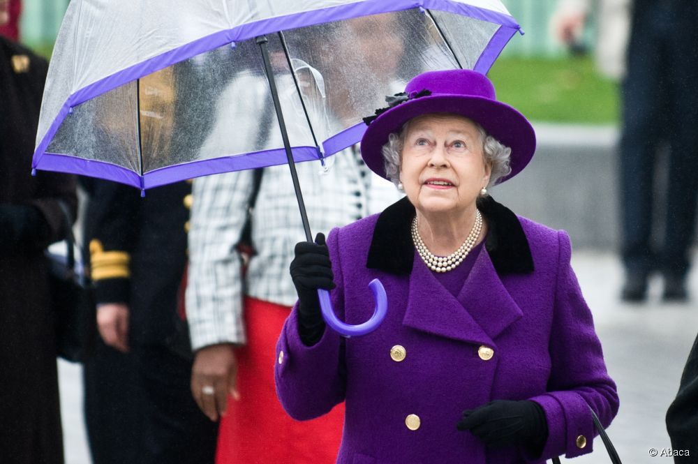 queen umbrella