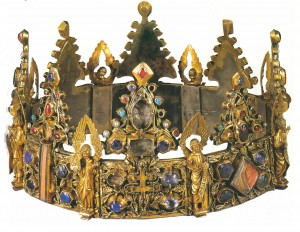 Medaeival crown